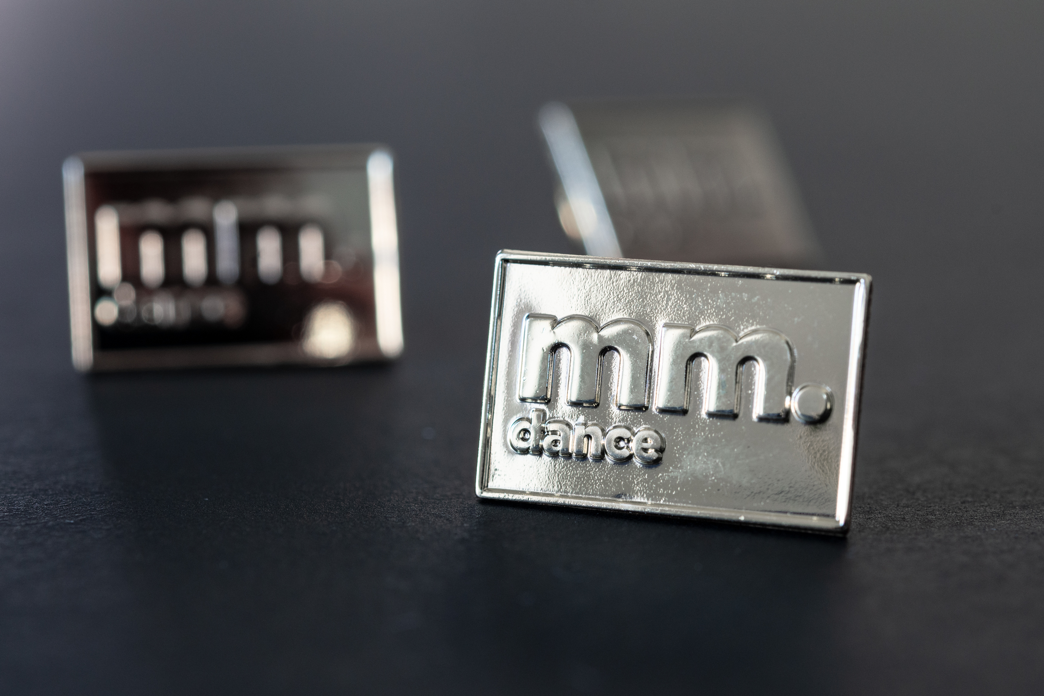 mm.dance Pin silber